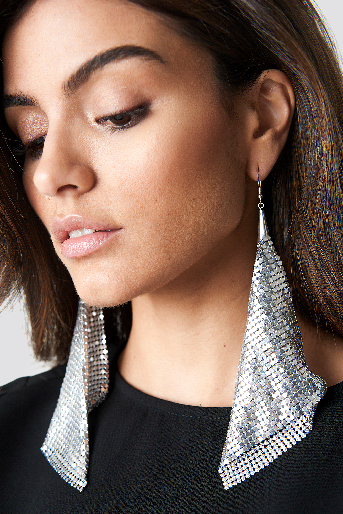 Hanging Metal Mesh Earrings NA-KDLOUNGE.DE