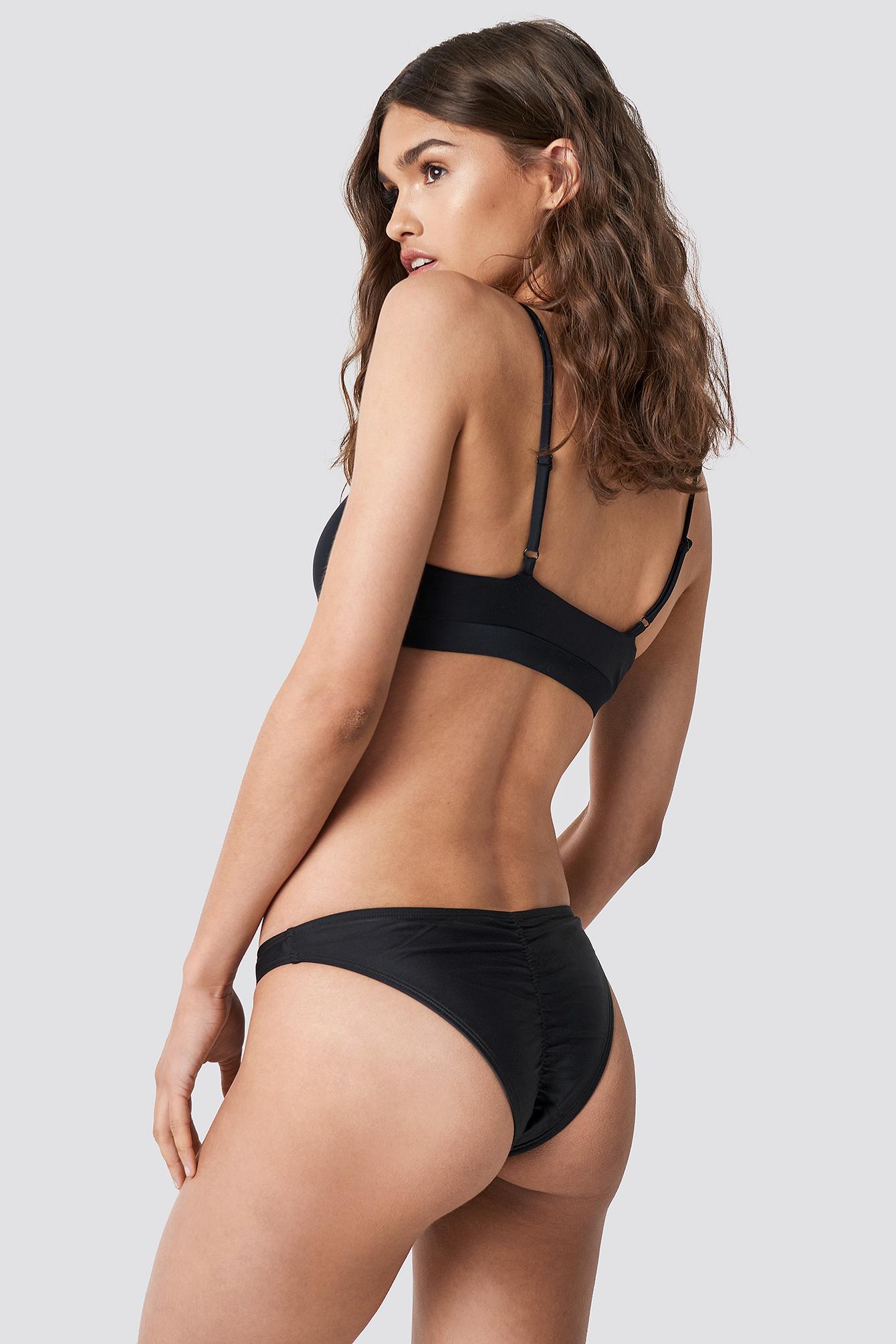 Ruched Back Bikini Panty NA-KDLOUNGE.DE