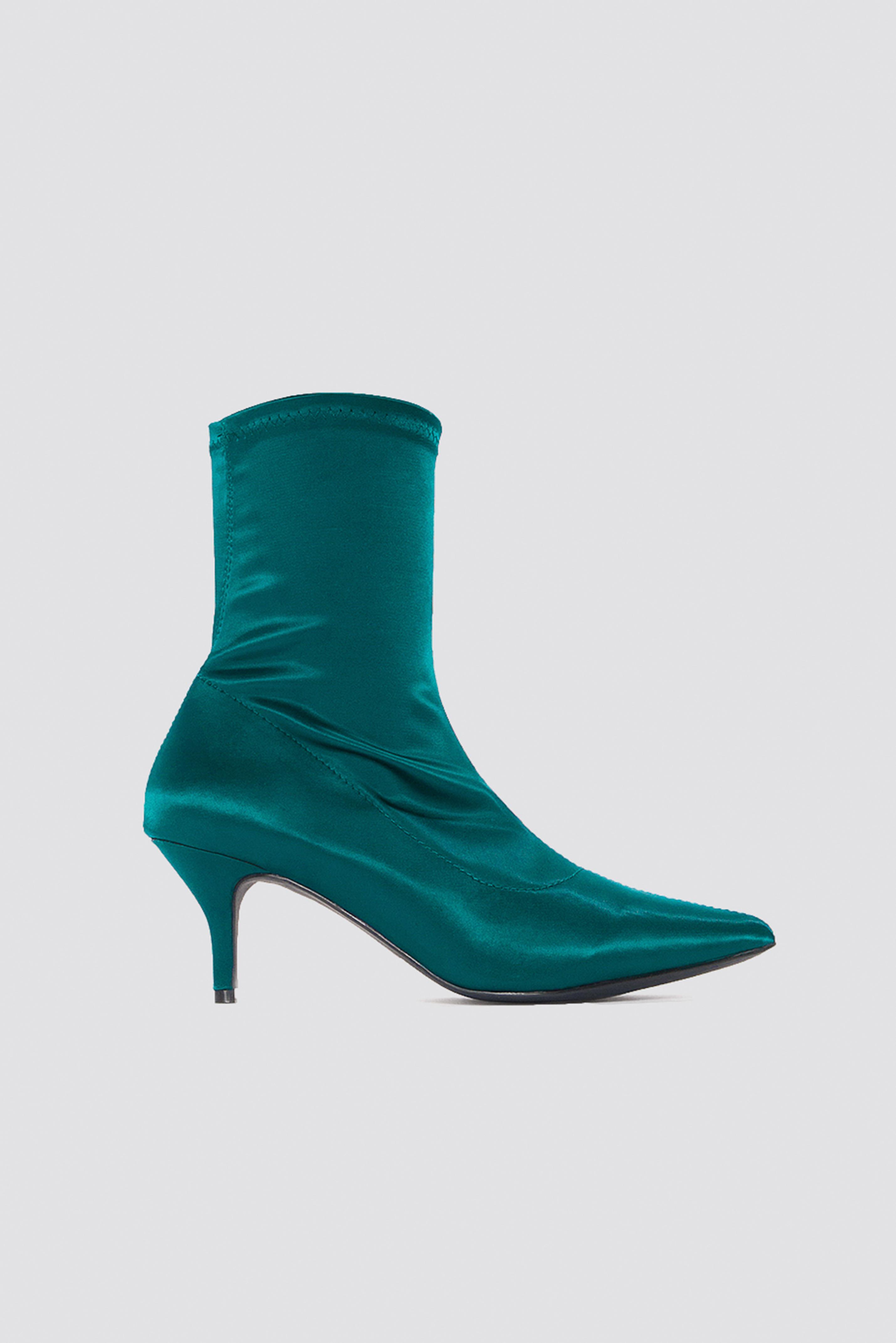 Satin Kitten Heel Sock Boots NA-KDLOUNGE.DE